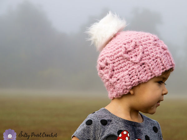 Chunky Cabled Heart Hat