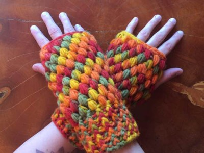 Puff Stitch Fingerless Gloves Pattern