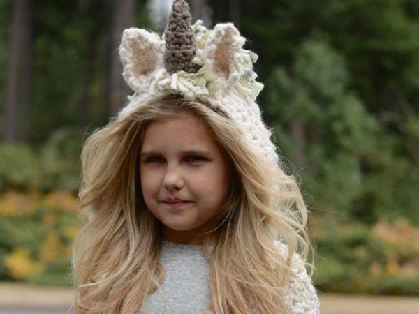 The Ulyne Unicorn Hooded Scarf