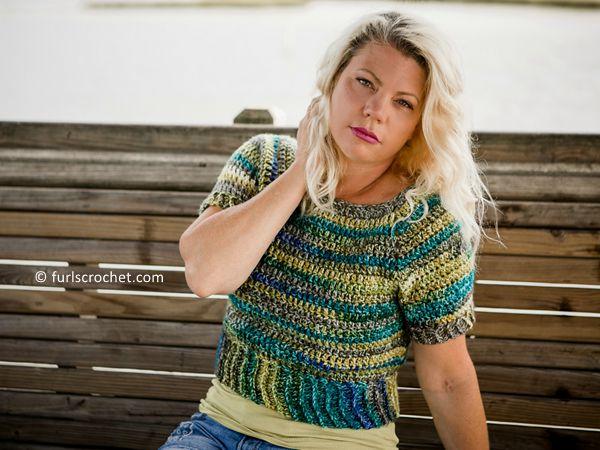 crochet Sightseer Cropped Top free pattern