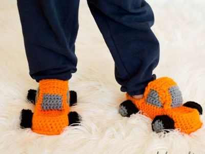 crochet Monster Truck Slippers easy pattern