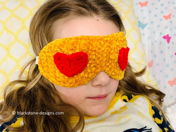crochet Heart Eyes Emoji Sleep Mask free pattern