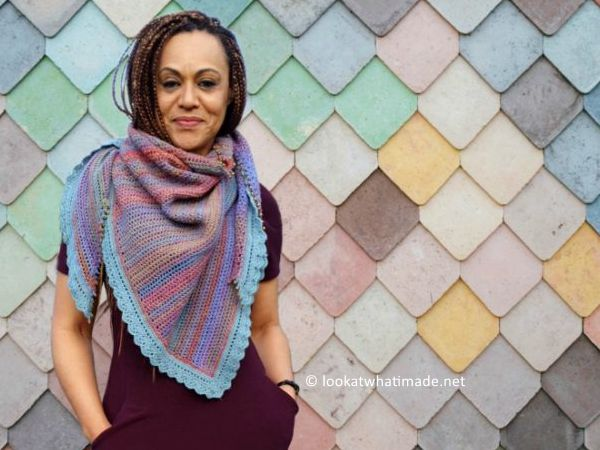 crochet Hide and Seek in the Hydrangeas Shawl free pattern