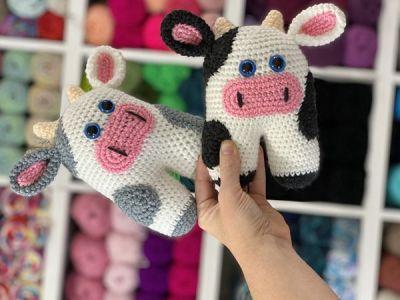 crochet Mia Moo Moo Cow Amigurumi free pattern