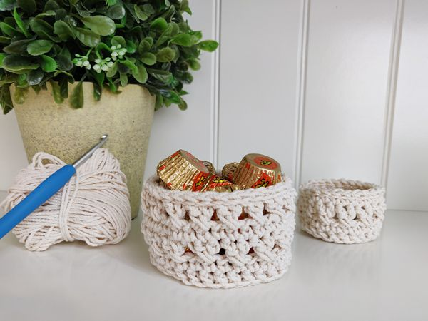 crochet Waterfront Trinket Basket free pattern