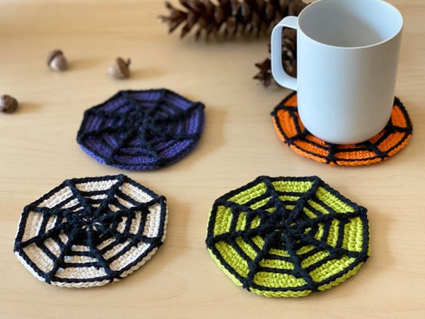 crochet Halloween Spider Web Coasters easy pattern