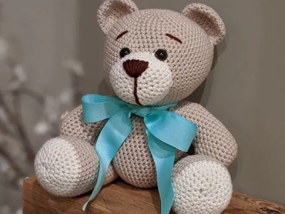 Classic Crochet Teddy Bear free pattern