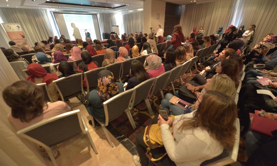 """التجمع النسائي الديمقراطي اللبناني يطلق إقتراح قانون """"حماية الأطفال من التزويج المبكر"""""""