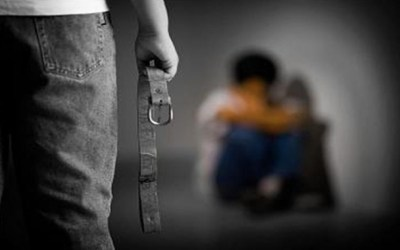 حقوق شيرين عساكر الضائعه منذ أشهر يقابلها حق فتاة معنفة استرد في سابقة من نوعها في ساعتين إلا أن العبرة تبقى في التنفيذ