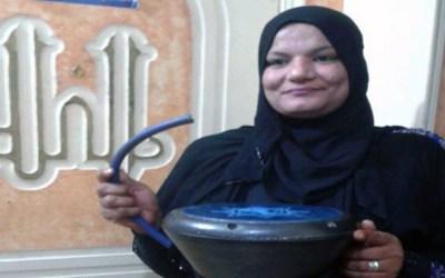 أول مسحراتية في مصر تكسر  العادات الرمضانية