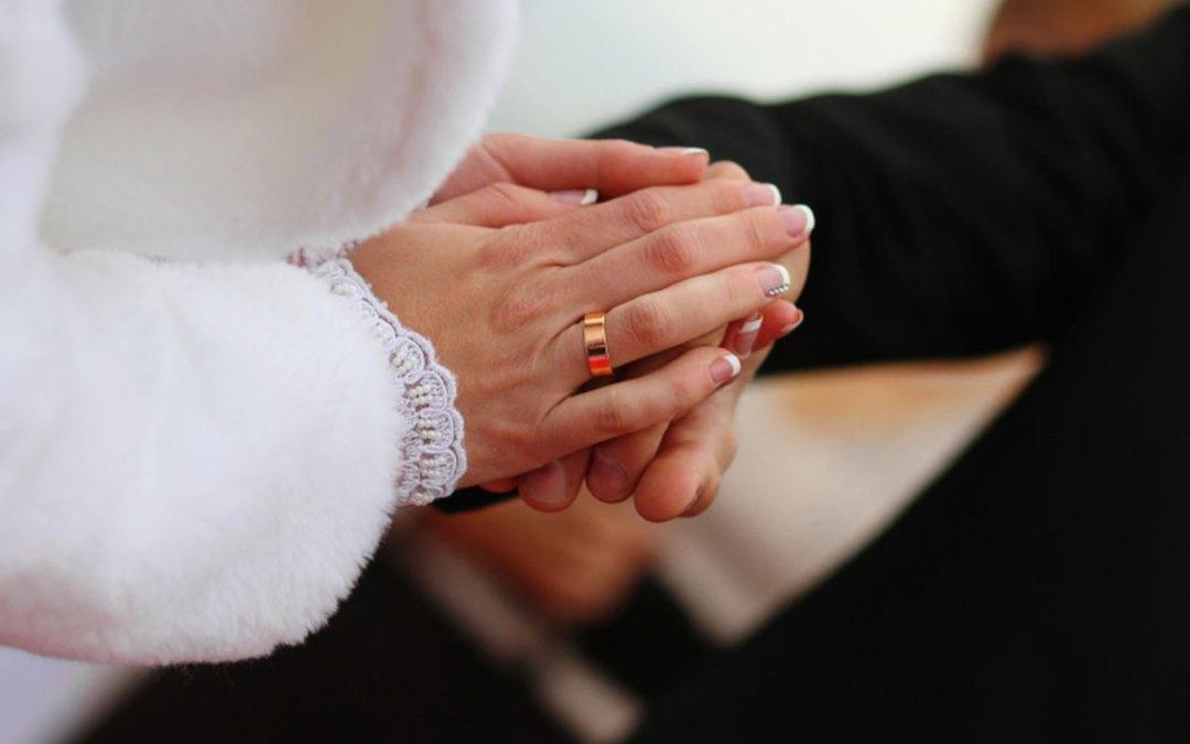 فتيات سوريا يتمرّدن ويثبتّن زواجهن دون موافقة الأب