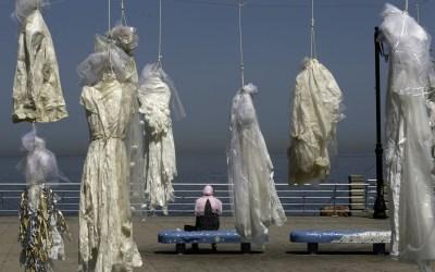 """منظمة أبعاد تفوز بجائزة عالمية عن حملتها """"الأبيض ما بيغطي الاغتصاب"""""""