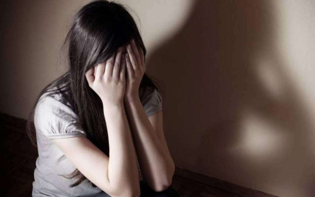 توجها بها إلى منطقة نائية وحاولا اغتصابها في زغرتا