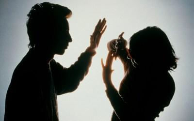 اللجنة الدولية للحقوقيين/ات تؤكد أنّ الإطار التشريعي اللبناني يوفر تربة خصبة للعنف ضد النساء والفتيات