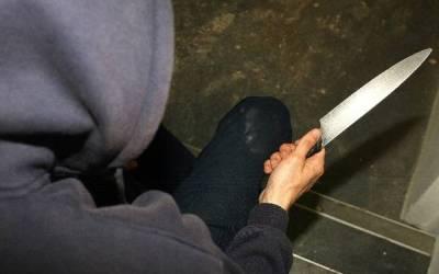 طليق ممرضة في بيروت يطعنها بالسكين بعد شتمها وضربها