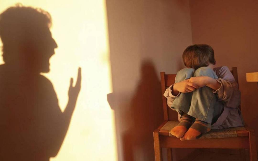 الأب الذي عنّف أطفاله في البرج وتحرش جنسياً ببناته في قبضة القوى الأمنية