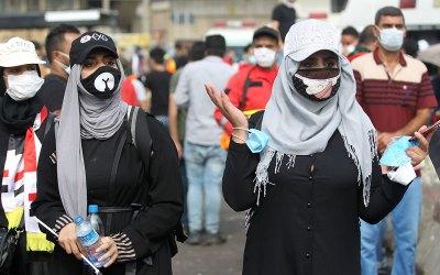 نساء في واجهة الاحتجاجات في العراق