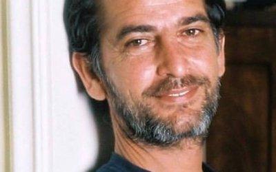 الممثل المصري هشام سليم كسر القيود وقالها بشجاعة ابنتي نورا تحولت إلى نور