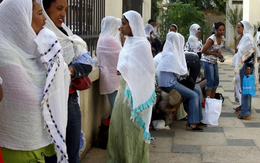 وزارة العمل اللبنانية تتحرك لحل أزمة عاملات المنازل الأثيوبيات