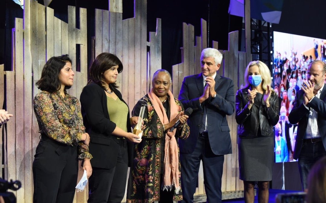 المعتقلة لجين الهذلول تنال «جائزة الحرية» في فرنسا وتترشج لجائزة نوبل للسلام