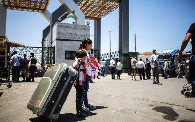 تعميم من المجلس الأعلى للقضاء الشرعي في غزة يحرم النساء من حريتهنّ في التنقل!