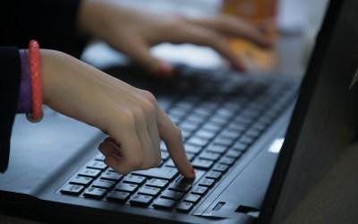 تصاعد مستوى العنف الالكتروني ضد النساء والفتيات في العراق