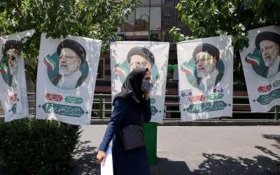 """النساء """"غير مؤهلات للترشح"""" في انتخابات الرئاسة في ايران!"""