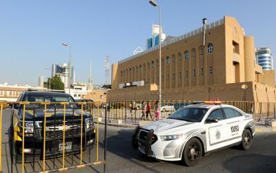 طارد عمّته بالسيارة وأطلق عليها النار في الكويت!