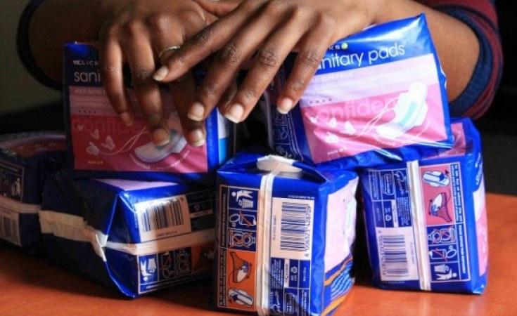 هيئة التأمين الصحي في الخرطوم تدعم النساء والفتيات في مواجهة فقر الدورة الشهرية