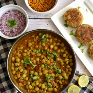 Ragada Patties Recipe | Chaat Recipe