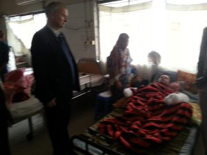 Paulo Casaca in Bangladesh visiting burn victims by Jamaat-e-Islami, the local chapter of the Muslim Brotherhood.