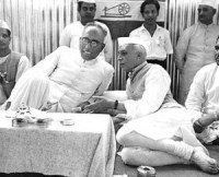 Indian Prime Minster Jawaharlal Nehru and Kashmiri leader Sheikh Abdullah