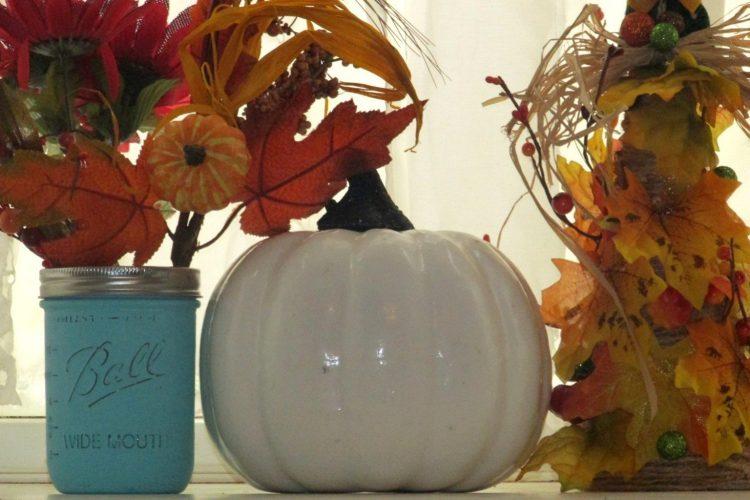 How to make Farmhouse Style Mason Jars