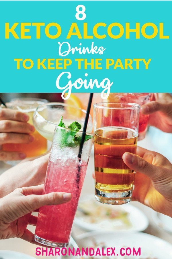 Following the keto diet doesn't mean you can't enjoy a cocktail every now and then. Check out these 8 keto alcohol recipes that will keep your social life on track! #keto #ketoalcohol #ketogenicdiet #ketodrinks