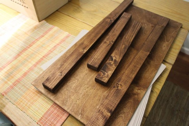 DIY Rustic Wooden Tray Stained