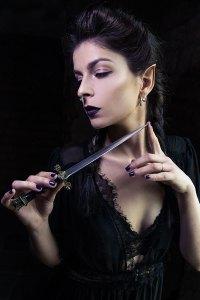 the sorceress - dagger 1
