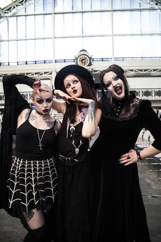Louise,Psychara and Lorella