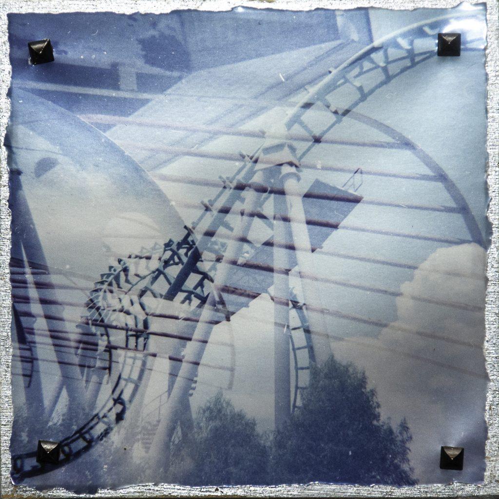 Double-exposure roller coaster