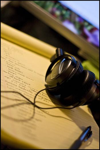Music-inspires-writing-pinterest