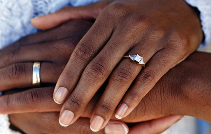 Black-African-Couple-Wedding-Ring-Band
