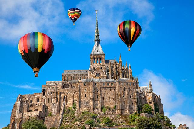 Hot-Air-Balloon-Normandy-France-Castle