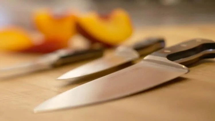 kitchen-knives-tips to take care of them