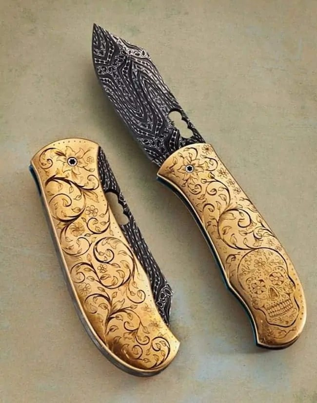 personalized-pocket-knives-Engraver-Andrew-Ovalles