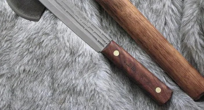 butcher knife