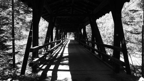 Licht-Brücke