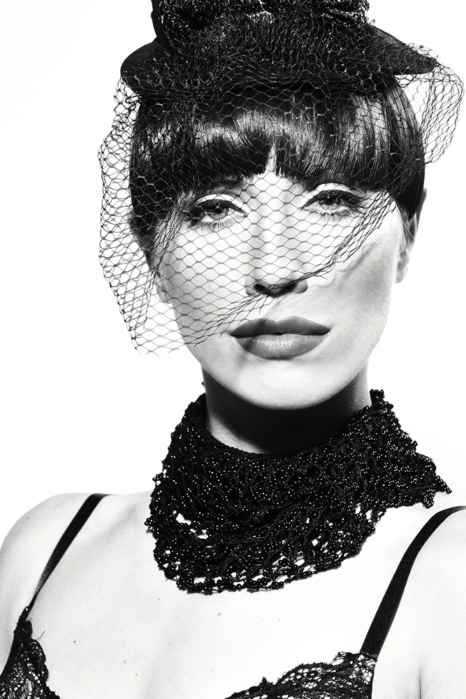black and white Modeling portfolio Photographers in Los Angeles-New York- UK-EU