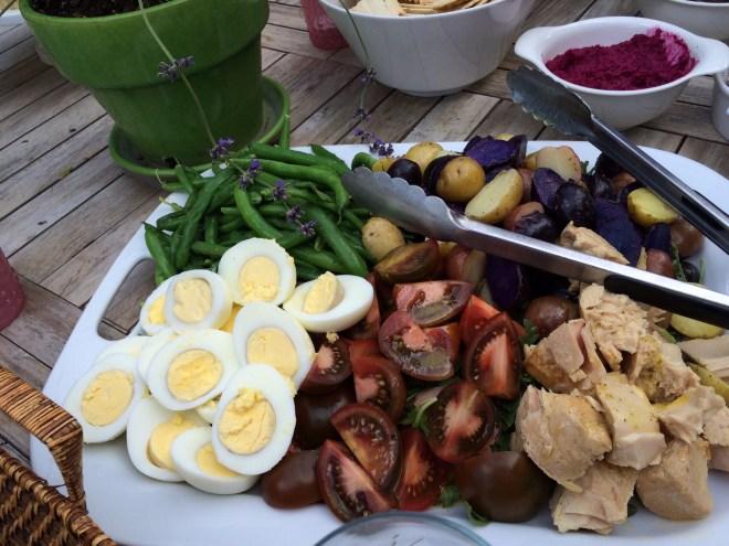 salad nicoise platter