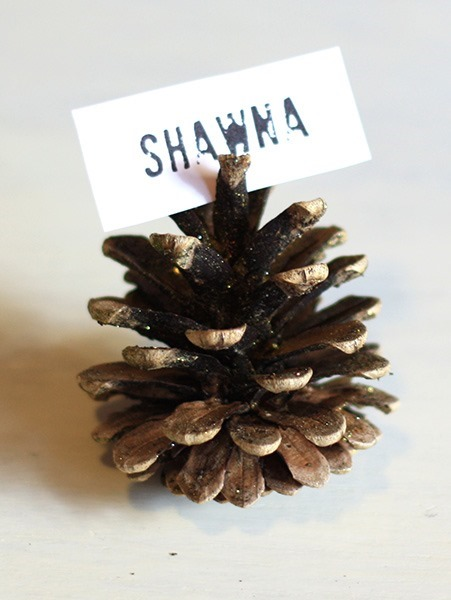 pinecone-place-card