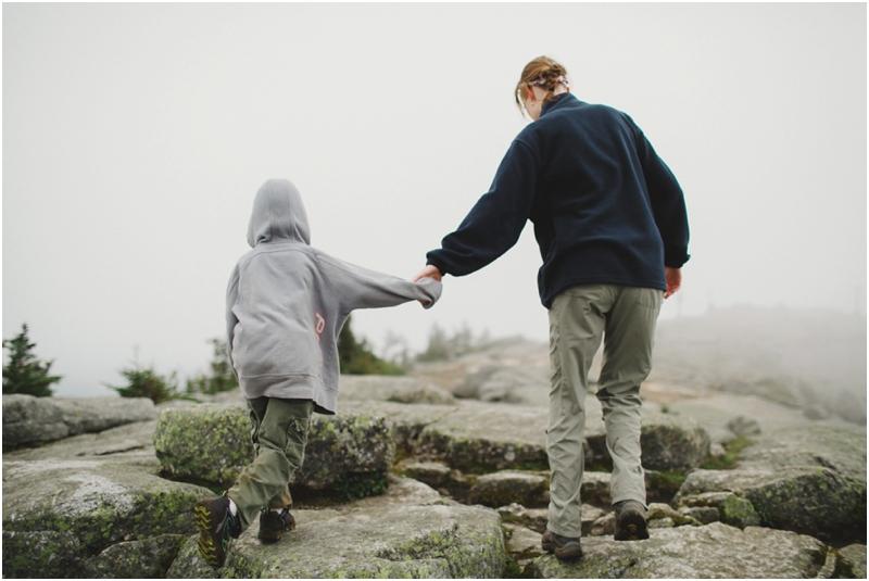 white-face-mountain-wedding-photographers-hiking-up-lake-placid_0009