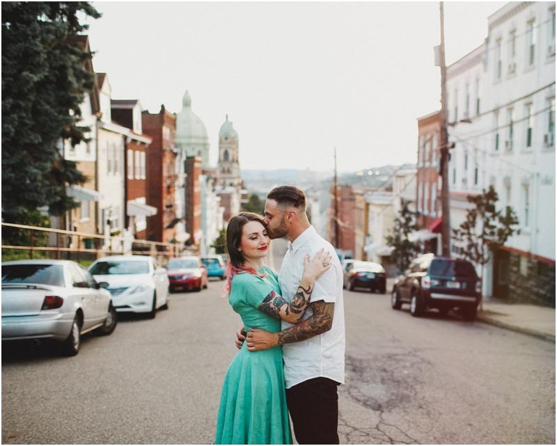 pittsburgh-PA-creative-engagement-session-polish-hill-wedding-photographers_0090